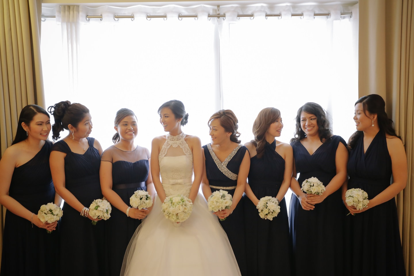 Katzi with her bridesmaids and maid of honor