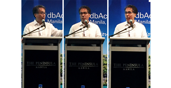 Candidate Number 2: Secretary Mar Roxas delivering his keynote speech at the dbAccess on October 8, 2015 at 7:30 am.