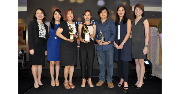 The Sinag Awards 2015. From L-R: Riza Mantaring (Sun Life Pres. & CEO), the author, Noemi Dado (1st runner-up), Lace Llanora (grand prize winner), Abraham Lee (2nd runner-up), Jaymie Pizarro (the bull-runner & one of the judges), Mylene Lopa (Sun Life CMO)