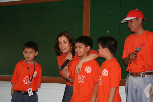 Iya Yotoko hosting the first part of our program