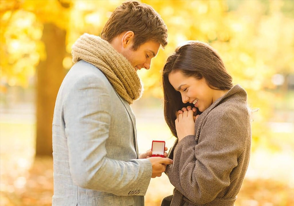 What's your ideal gift for your loved one? A luxury that he/she refuses to buy because of the pain of paying.