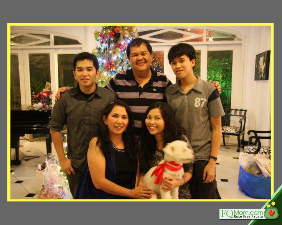 The Espenilla family taken in 2017. Seated are wife Tess and daughter Jackie. Standing are Nikko, the governor, and Nesty.